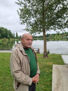 Mr Bouissou pensif